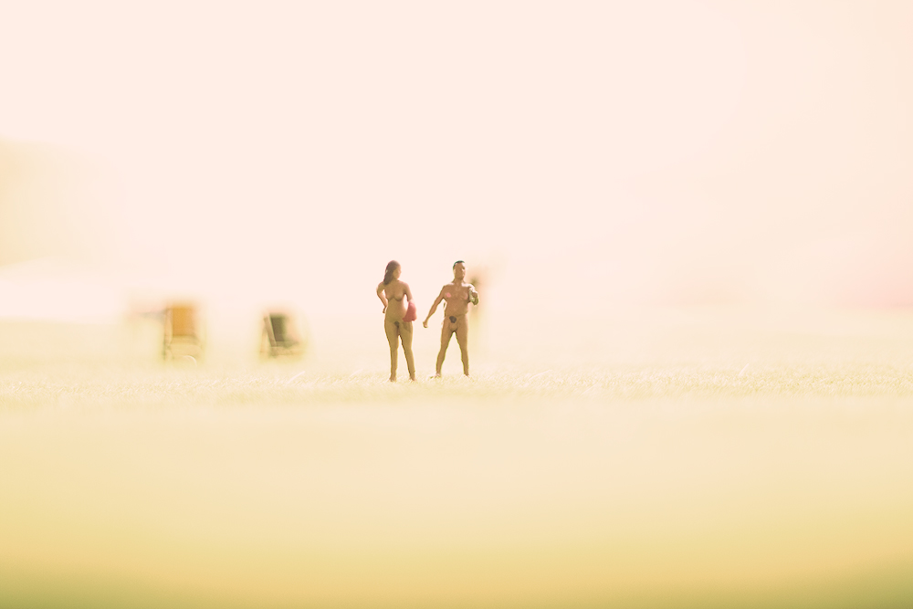 Miniature Photography - Lovers on the Beach