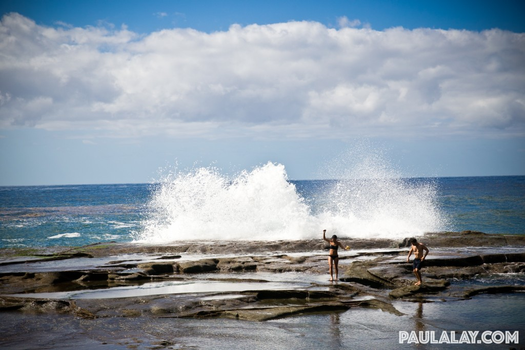 Big waves by the Figure Eight Pools. Copyright Paulalay.com.
