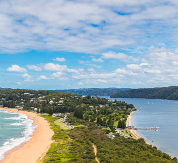 Palm Beach to Barrenjoey Lighthouse Walk